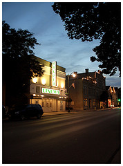 cedarburg wi marcus rivoli closes the bigscreen cinema