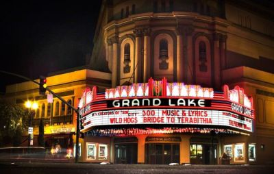 Photo of Grand Lake Theater in Oakland, California.