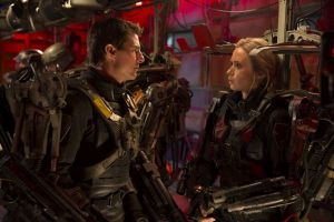 TOM CRUISE as Major William Cage and EMILY BLUNT as Rita Vrataski in 'Edge of Tomorrow' - © 2014 WARNER BROS. ENTERTAINMENT INC. - U.S., CANADA, BAHAMAS & BERMUDA  © 2014 VILLAGE ROADSHOW FILMS (BVI) LIMITED - ALL OTHER TERRITORIES