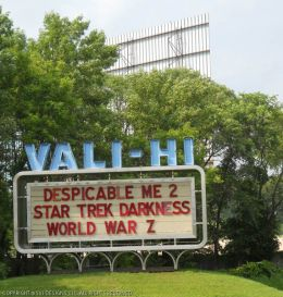 Vali Hi Drive In Showtimes Schedule Theaters The Marquee The Bigscreen Cinema Guide